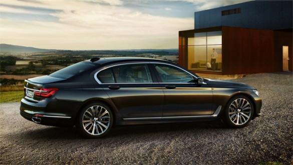 Worksheet. BMW 7 Series Sedan  At a glance