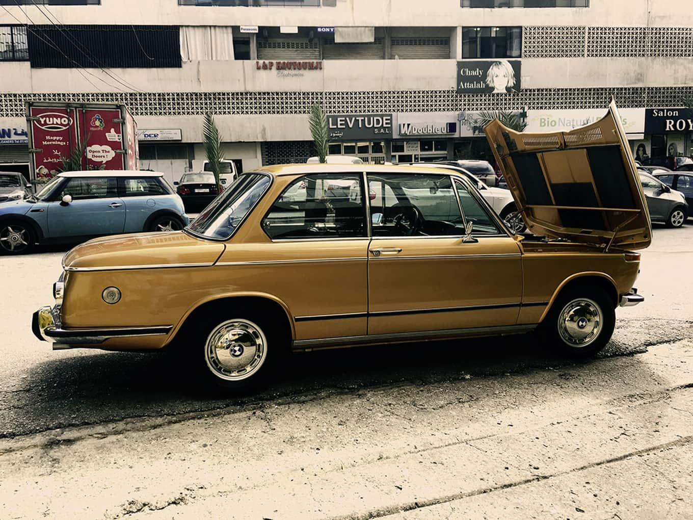 BMW 2002 – a gold treasure from the Orient